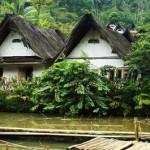 Kearifan Lokal <b>Kampung</b> Naga