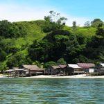 Panas-Panas Pulau <b>Nanaka</b>